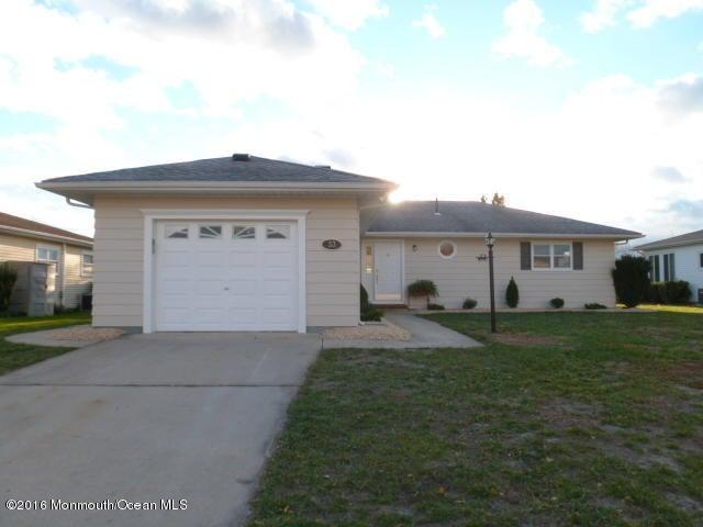 Casa Unifamiliar por un Venta en 33 Tivoli Street Toms River, Nueva Jersey 08757 Estados Unidos