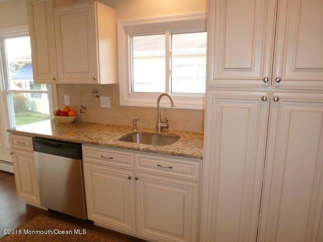 Additional photo for property listing at 33 Tivoli Street  Toms River, Nueva Jersey 08757 Estados Unidos
