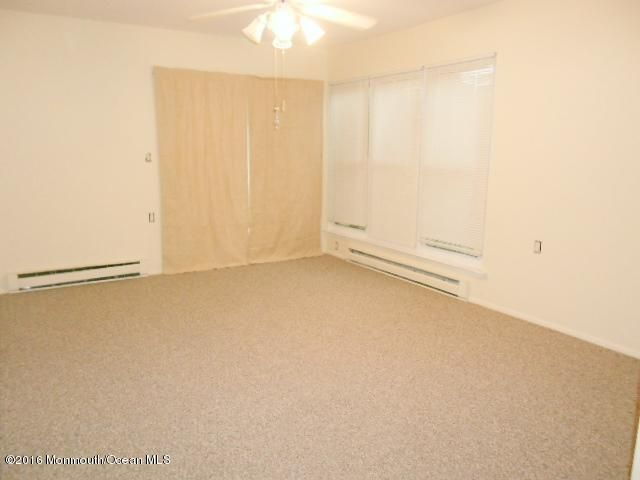 Additional photo for property listing at 152 Buckingham Drive  Manchester, New Jersey 08759 États-Unis