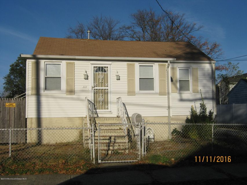 Additional photo for property listing at 111 Woodland Avenue  Keansburg, Nueva Jersey 07734 Estados Unidos