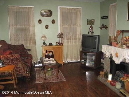 Additional photo for property listing at 10 Main Street  Cookstown, 新泽西州 08511 美国