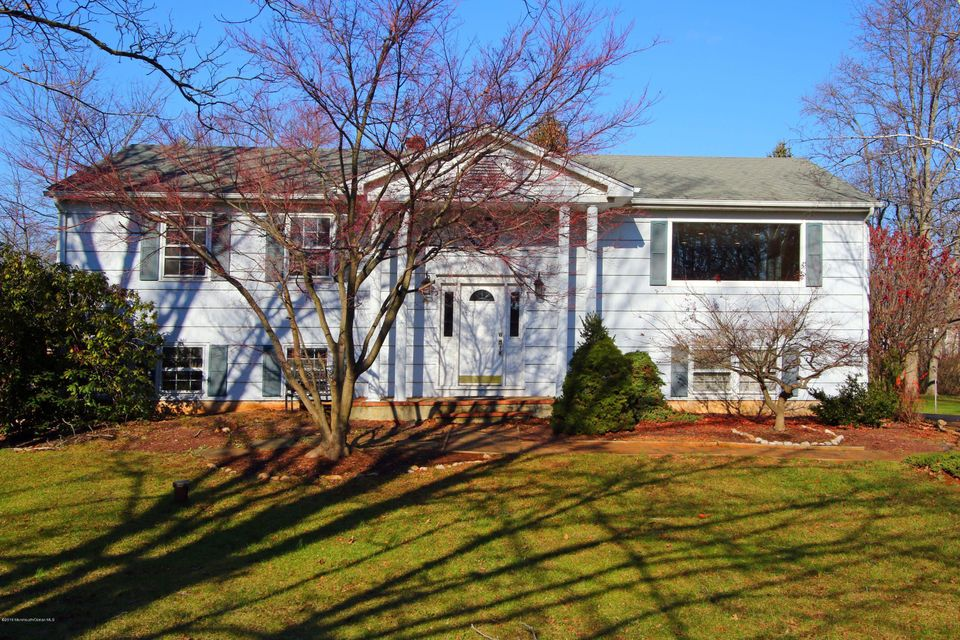 Additional photo for property listing at 5 Village Lane  Colts Neck, 新泽西州 07722 美国