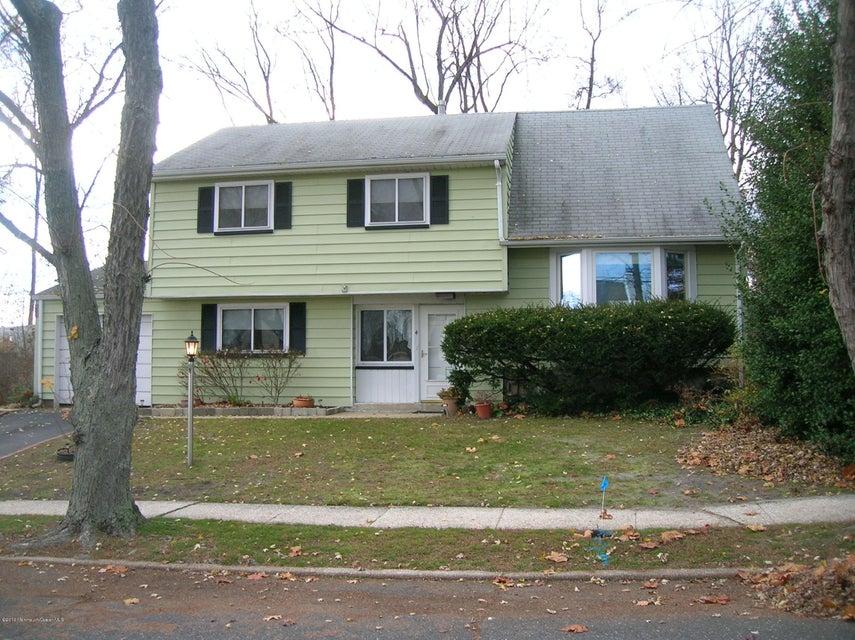 独户住宅 为 销售 在 4 Azee Drive 黑兹利特, 新泽西州 07730 美国