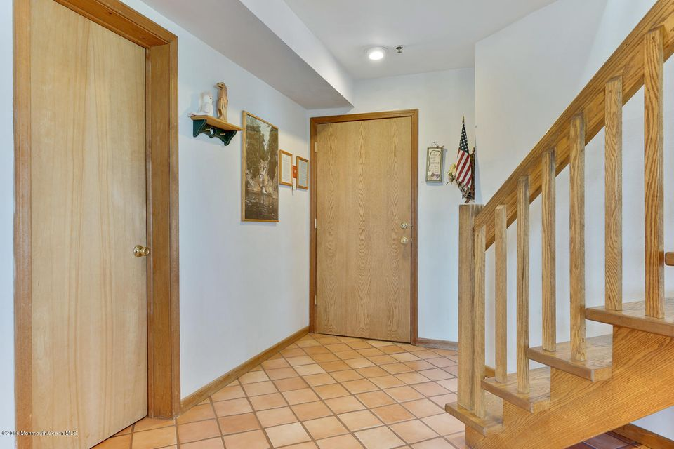 Additional photo for property listing at 304 Ocean Avenue  South Seaside Park, New Jersey 08752 États-Unis