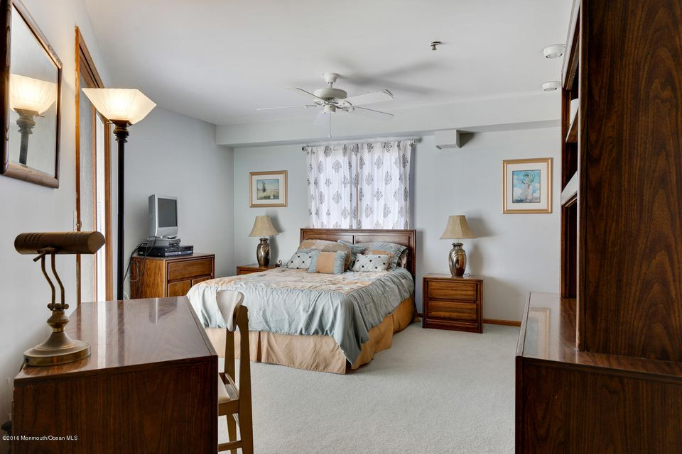 Additional photo for property listing at 304 Ocean Avenue  South Seaside Park, Nueva Jersey 08752 Estados Unidos
