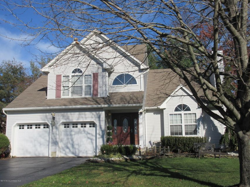 Additional photo for property listing at 91 Heritage Drive  Shrewsbury, New Jersey 07702 États-Unis