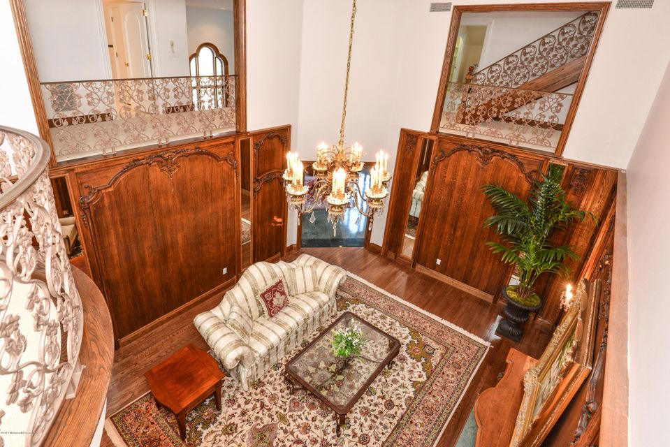 Additional photo for property listing at 914 Jordan Drive 914 Jordan Drive Brielle, New Jersey 08730 United States