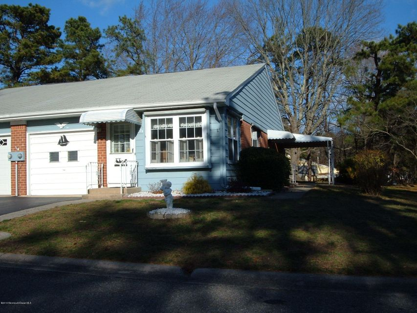 Additional photo for property listing at 2b Flintlock Lane  Whiting, New Jersey 08759 United States