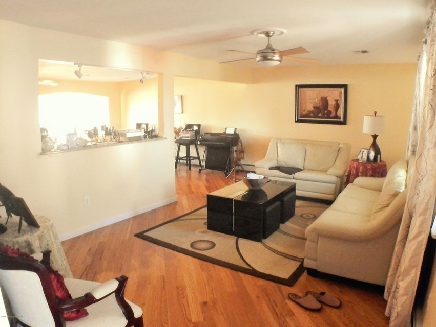 Additional photo for property listing at 44 Pilot Road  Toms River, New Jersey 08753 United States