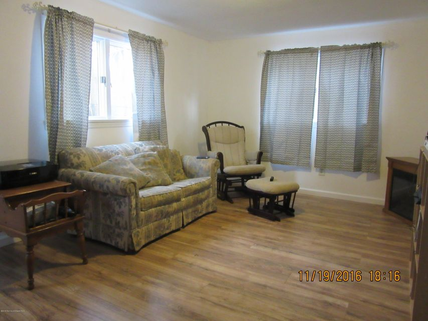 Additional photo for property listing at 22 Kentucky Drive  Hazlet, New Jersey 07730 United States