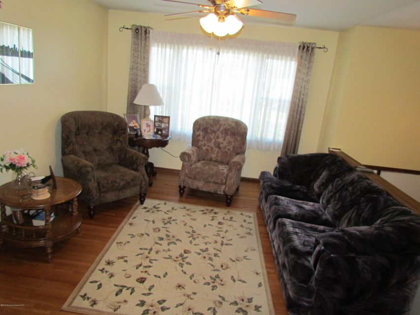 Additional photo for property listing at 238 Edward Avenue  Belford, New Jersey 07718 United States