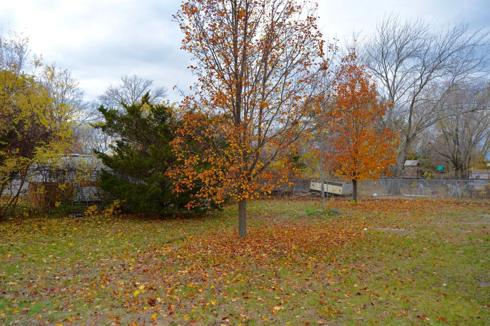 Additional photo for property listing at 988 Fischer Boulevard  Toms River, Nueva Jersey 08753 Estados Unidos
