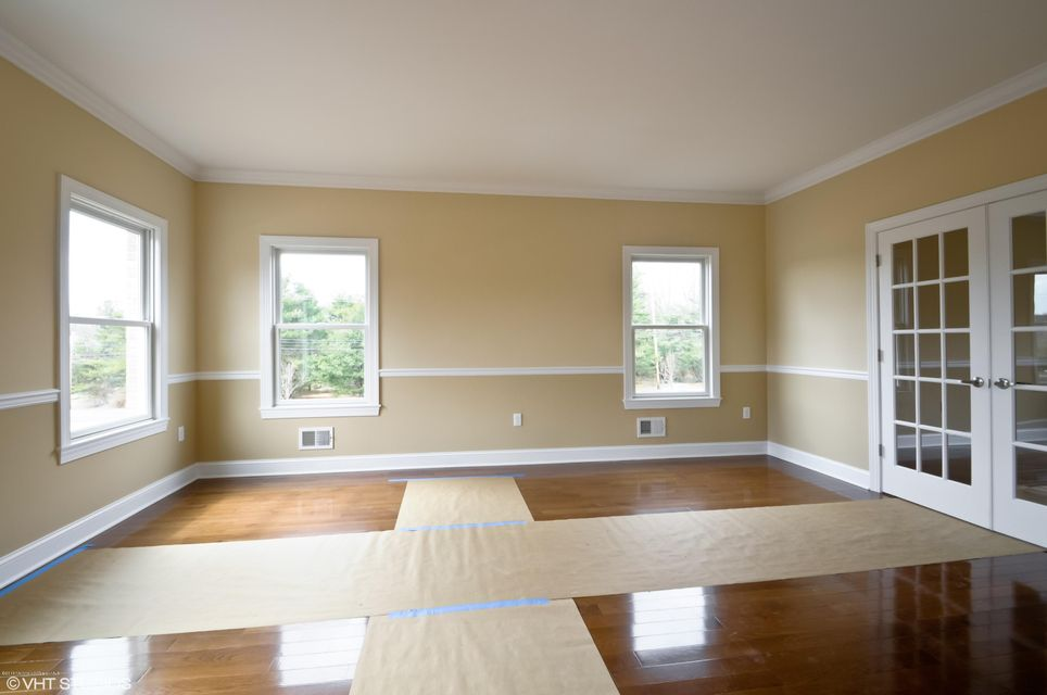 Additional photo for property listing at 34 Paint Island Spring Road  Millstone, New Jersey 08510 United States