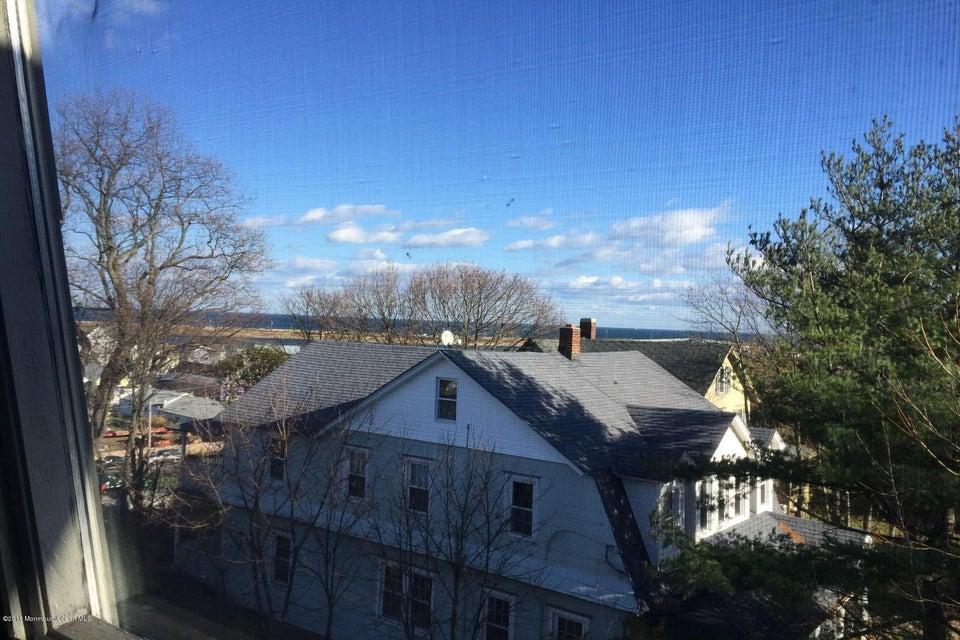 Appartement en copropriété pour l à louer à 100 Navesink Avenue Highlands, New Jersey 07732 États-Unis