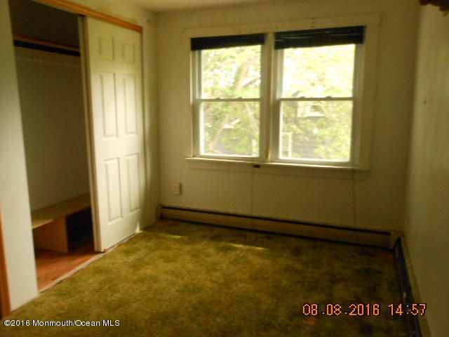 Additional photo for property listing at 121 Poole Avenue  Union Beach, New Jersey 07735 États-Unis