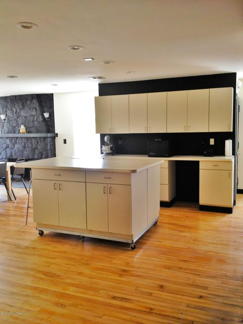 Additional photo for property listing at 903 1st Avenue  Asbury Park, New Jersey 07712 États-Unis