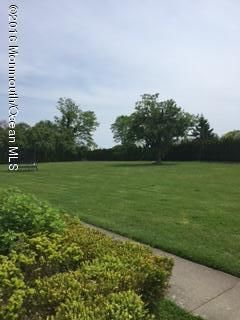 Additional photo for property listing at 8 Sycamore Avenue  Elberon, New Jersey 07740 États-Unis