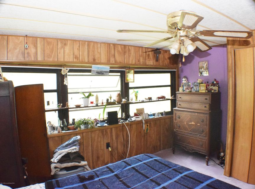 Additional photo for property listing at 71 Brighton Road  Barnegat, New Jersey 08005 États-Unis