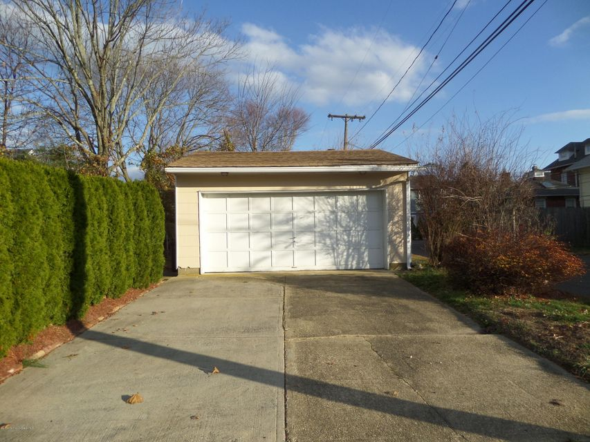 Additional photo for property listing at 319 Jersey Avenue  Spring Lake, New Jersey 07762 United States