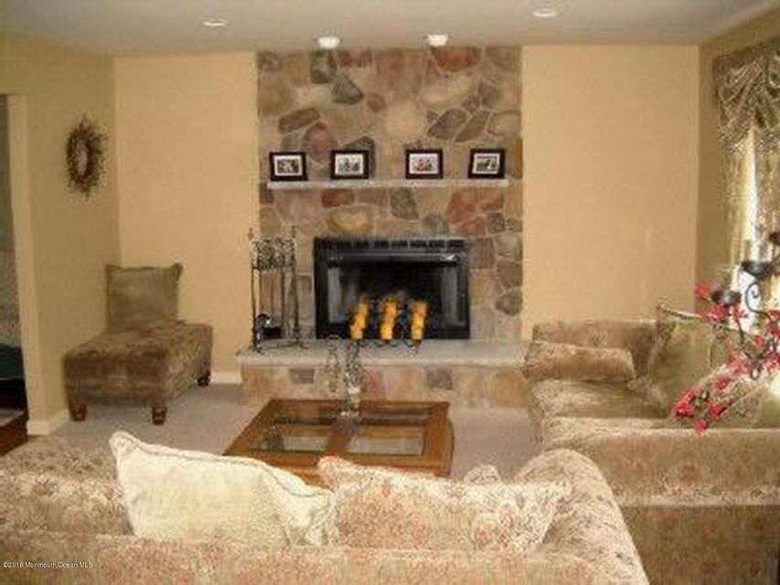Additional photo for property listing at 141 Daybreak Court  Brick, New Jersey 08724 United States
