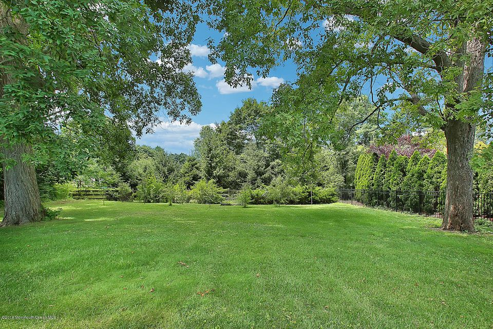 Additional photo for property listing at 23 Pegasus Drive  Tinton Falls, New Jersey 07724 États-Unis