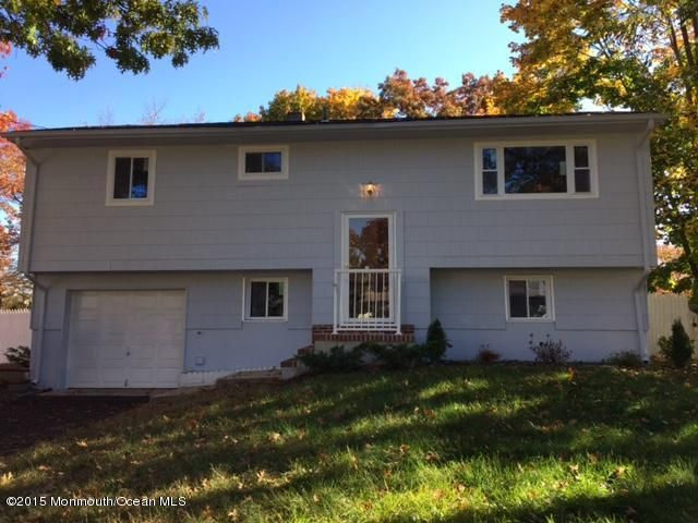 Additional photo for property listing at 10 Arlington Drive  Howell, Nueva Jersey 07731 Estados Unidos
