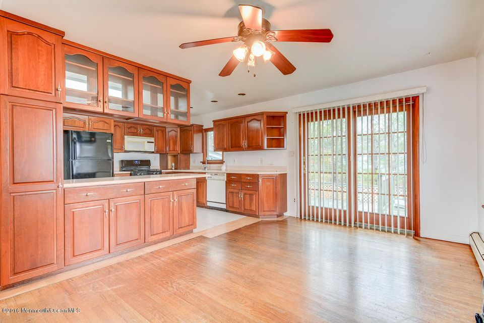 Additional photo for property listing at 8 Cranberry Road  Brick, New Jersey 08723 United States