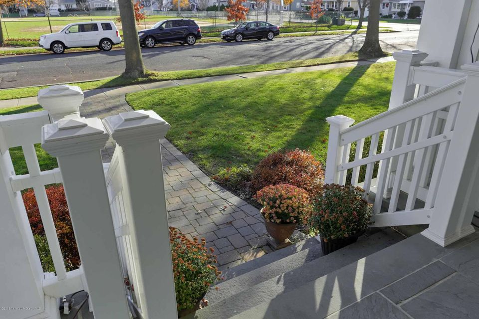 Additional photo for property listing at 420 Tuttle Avenue  Spring Lake, New Jersey 07762 États-Unis