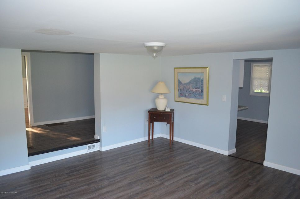 Additional photo for property listing at 616 Route 524  Allentown, New Jersey 08501 États-Unis