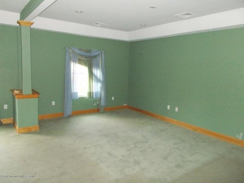 Additional photo for property listing at 1 Laurelton Avenue  Jackson, Nueva Jersey 08527 Estados Unidos