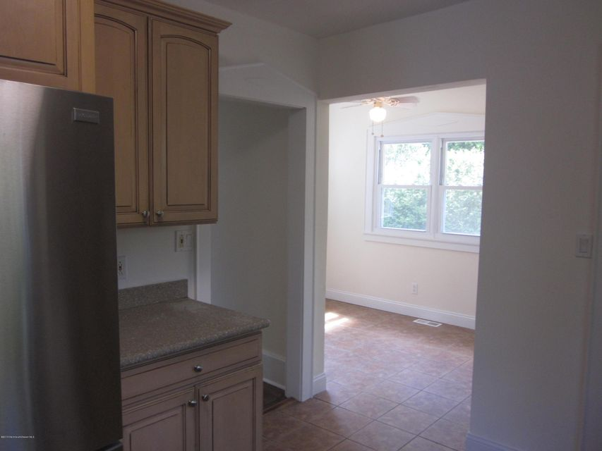 Additional photo for property listing at 307 Lakeview Avenue  Asbury Park, Nueva Jersey 07712 Estados Unidos
