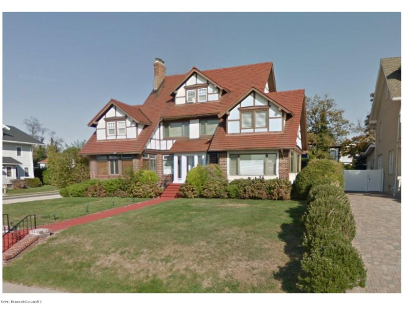 Single Family Home for Sale at 325 Edgemont Drive Allenhurst, 07711 United States