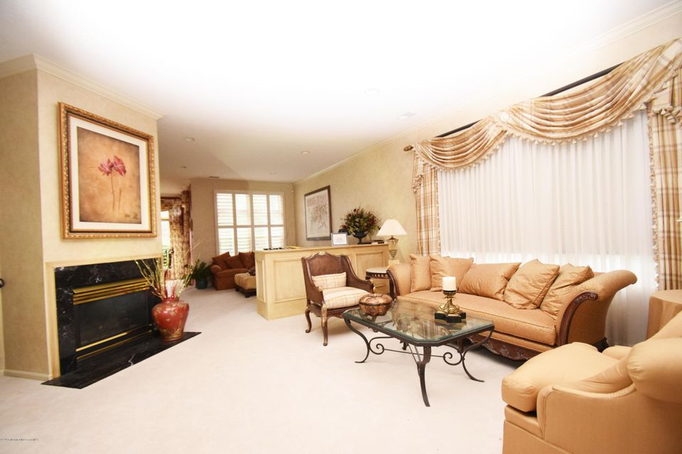 Additional photo for property listing at 2631 Lantern Light Way  Manasquan, Nueva Jersey 08736 Estados Unidos