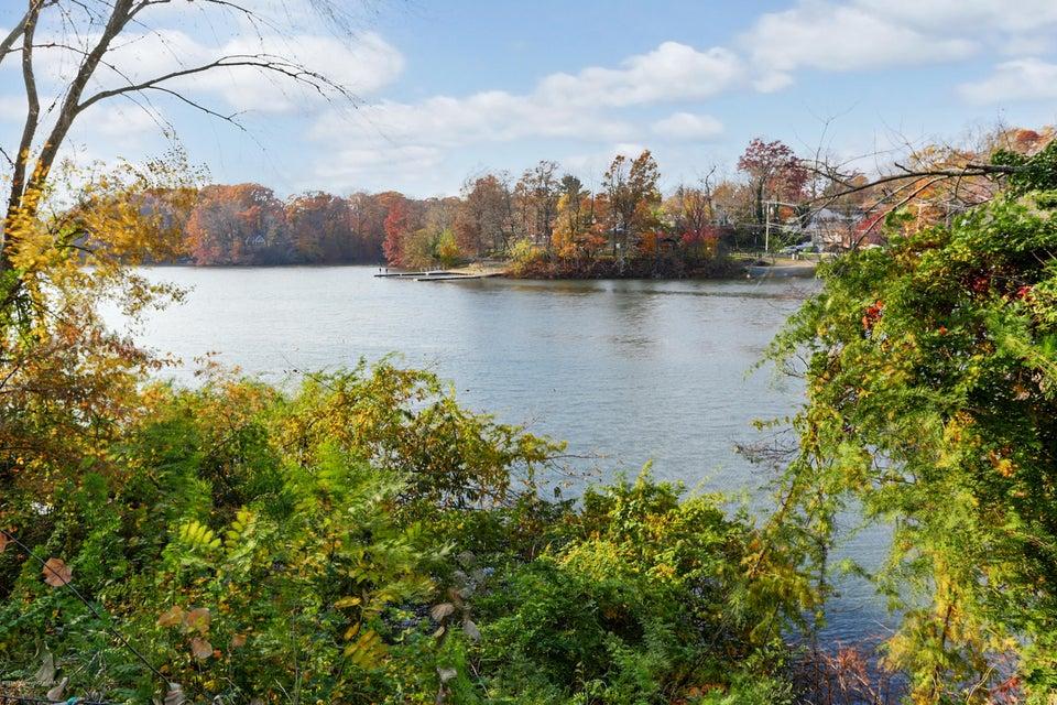 独户住宅 为 销售 在 9 Wyckoff Street Matawan, 新泽西州 07747 美国