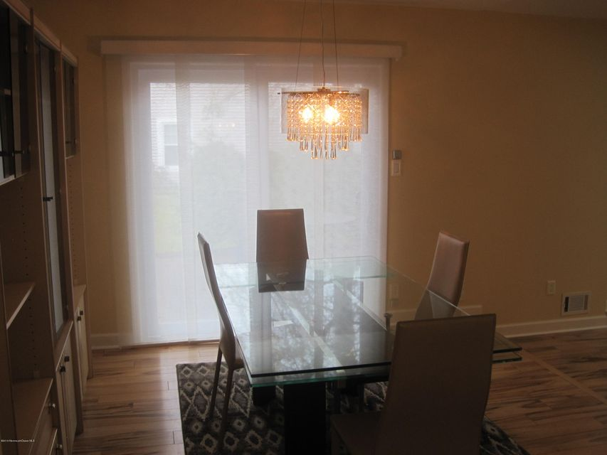 Additional photo for property listing at 90 Oak Lane  Eatontown, New Jersey 07724 United States