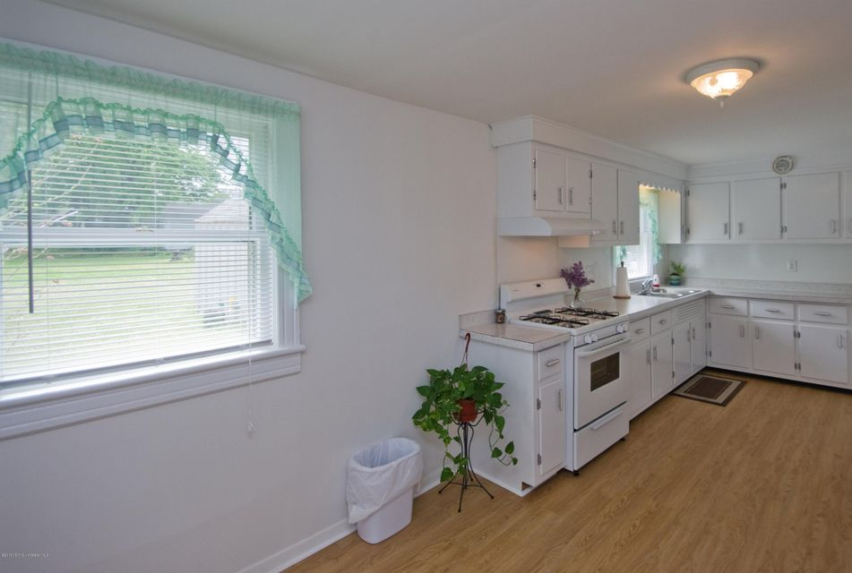Additional photo for property listing at 23 Fisk Street  Fair Haven, 新泽西州 07704 美国