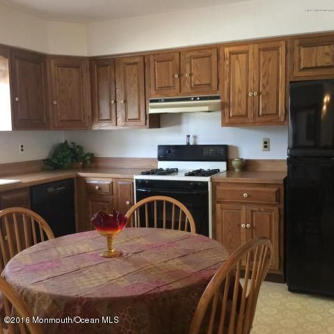 Additional photo for property listing at 15 Cooper Avenue  West Long Branch, New Jersey 07764 États-Unis