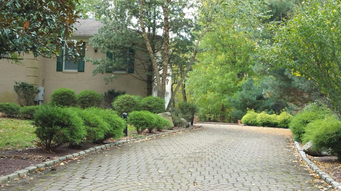 Additional photo for property listing at 7 Beth Lane  Morganville, New Jersey 07751 United States