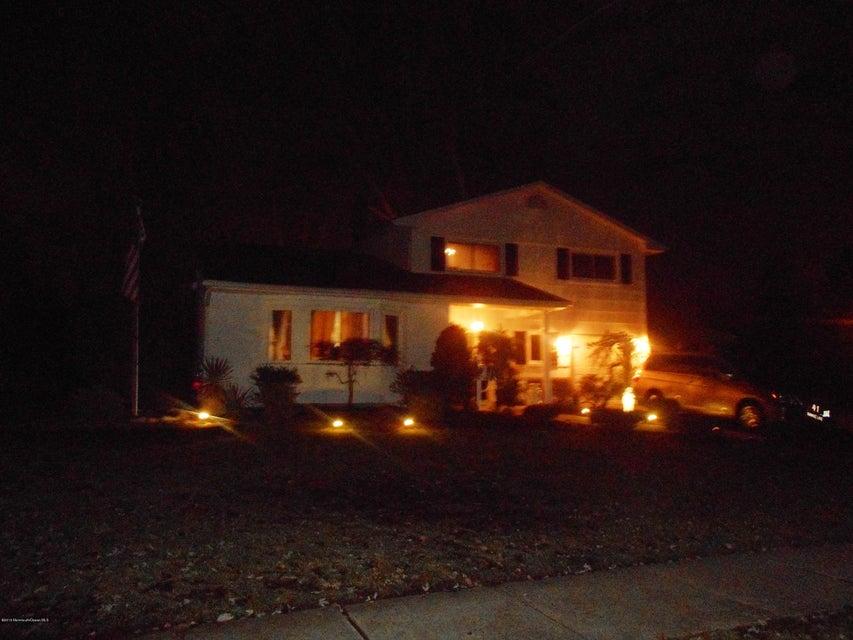 Single Family Home for Sale at 41 Shawnee Lane Old Bridge, 08857 United States
