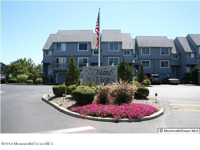 Condominio por un Alquiler en 5 Island View Way Sea Bright, Nueva Jersey 07760 Estados Unidos