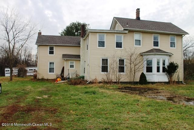 Additional photo for property listing at 227 Sweetmans Lane  Millstone, New Jersey 08535 United States