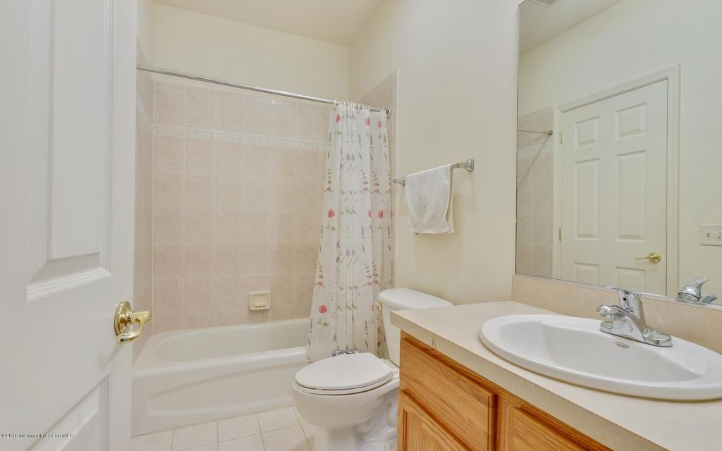 Additional photo for property listing at 311 Saint Andrews Place  Manalapan, New Jersey 07726 United States