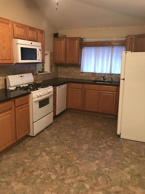 Additional photo for property listing at 24 Elizabeth Street  基波特, 新泽西州 07735 美国
