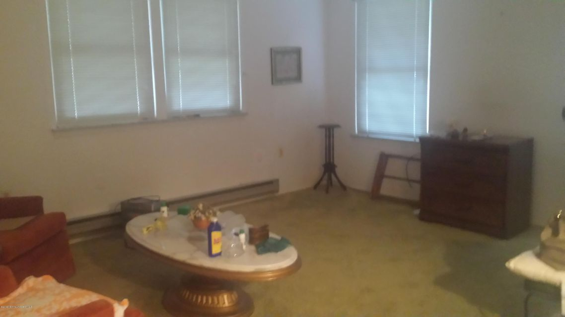 Additional photo for property listing at 4-B Stonybrook Road  Whiting, New Jersey 08759 United States