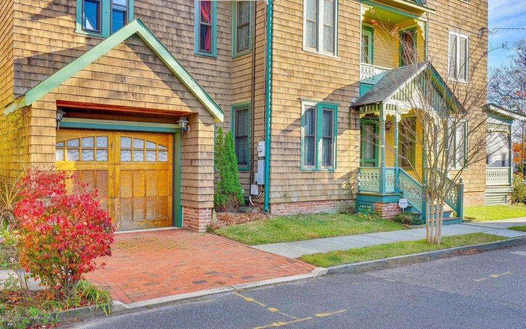 Casa Unifamiliar por un Venta en 61 Stockton Avenue Ocean Grove, Nueva Jersey 07756 Estados Unidos