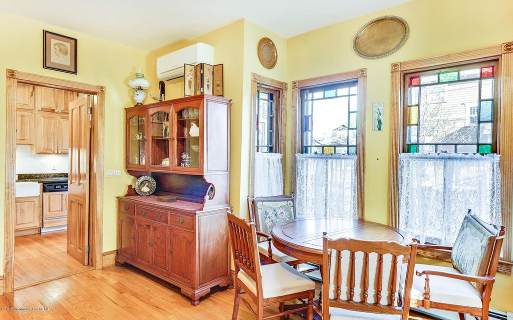 Additional photo for property listing at 61 Stockton Avenue  Ocean Grove, Nueva Jersey 07756 Estados Unidos