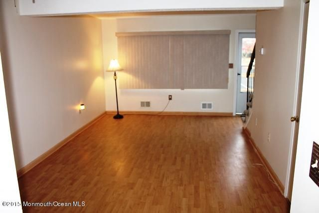 Additional photo for property listing at 894 Cindy Court  Brick, Nueva Jersey 08724 Estados Unidos