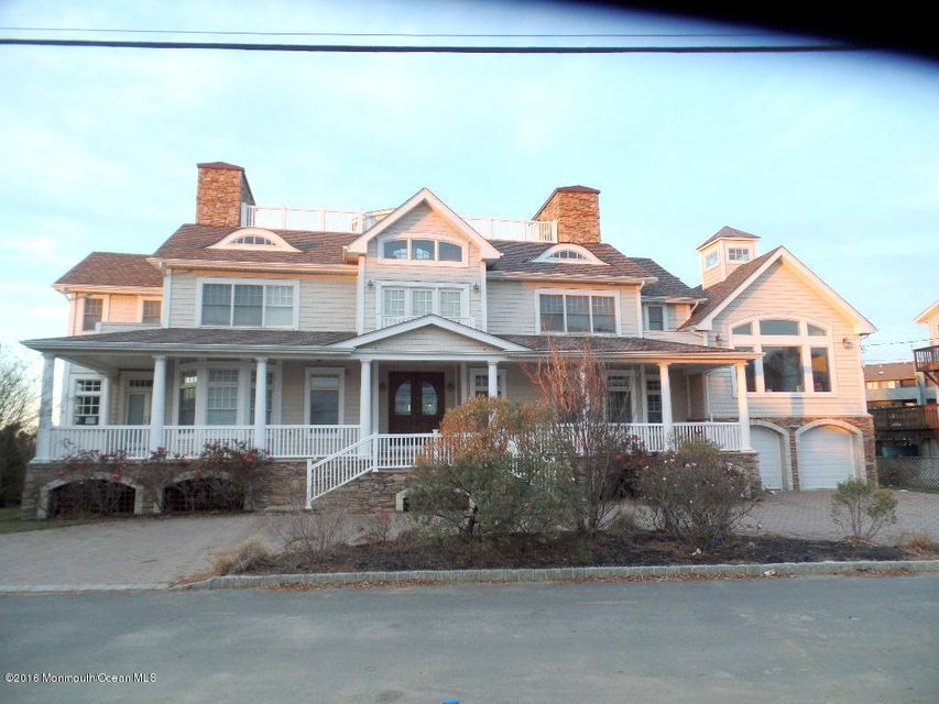 Single Family Home for Sale at 13 Riverview Road Monmouth Beach, New Jersey 07750 United States