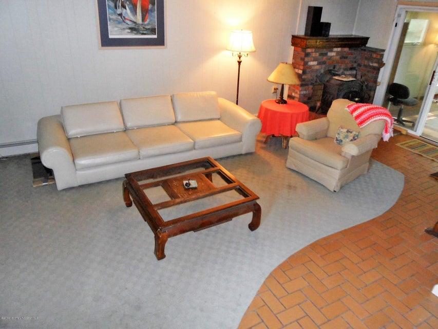 Additional photo for property listing at 937 Bay Avenue  Toms River, Nueva Jersey 08753 Estados Unidos