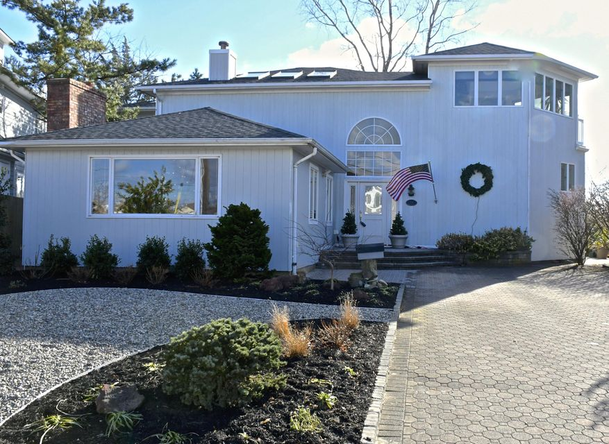 Single Family Home for Sale at 34 Deep Creek Manasquan, New Jersey 08736 United States